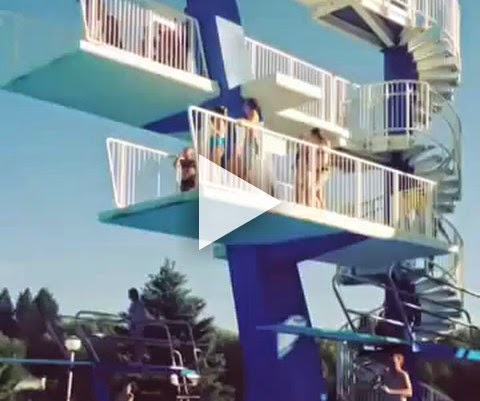 Menina Desiste de pular na piscina, mas era tarde demais