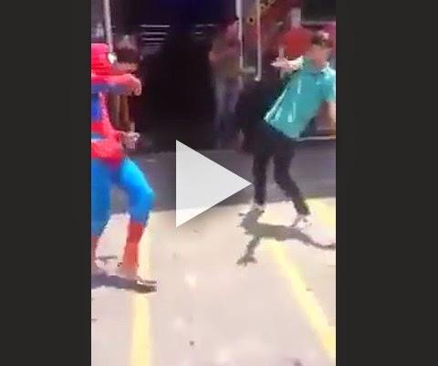 O motivo porque o Homem Aranha não participa dos vingadores!