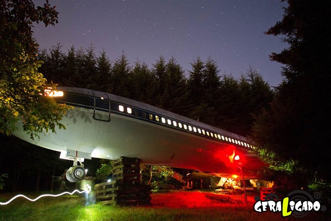 Você teria coragem de morar dentro de um avião velho10