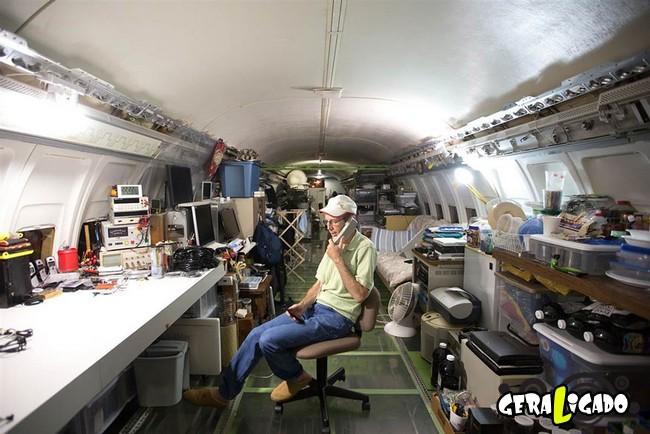 Você teria coragem de morar dentro de um avião velho7