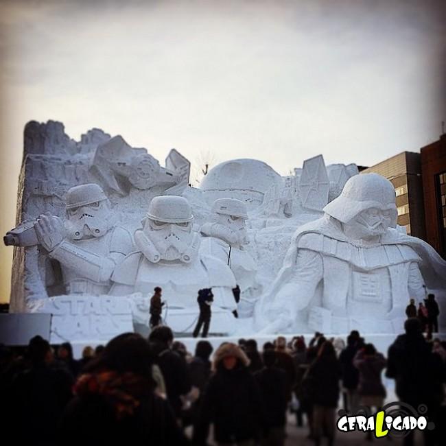 Exército japonês usa neve para criar escultura de Star Wars9