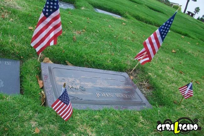 Os túmulos de algumas das maiores celebridades da história1