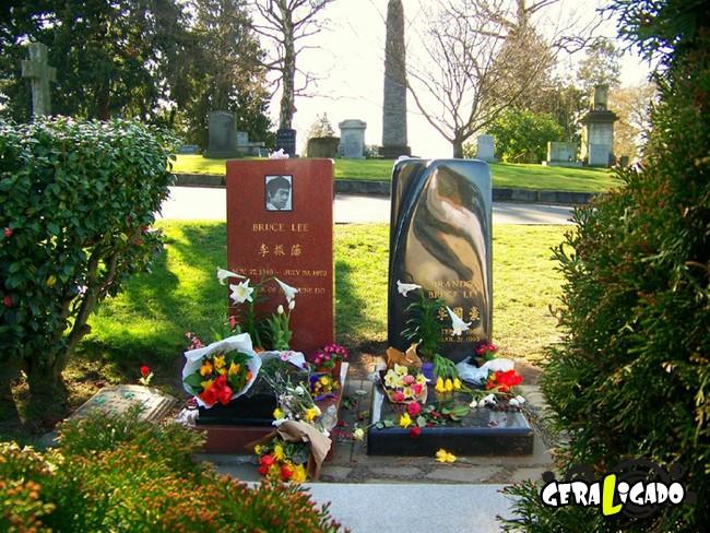 Os túmulos de algumas das maiores celebridades da história2