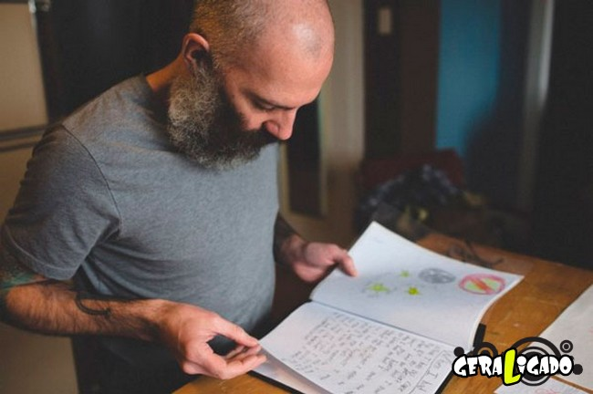 Pai tatua desenhos do filho no proprio corpo8