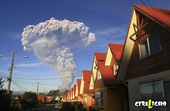 Fotografias incríveis mostram a erupção do vulcão Calbuco11