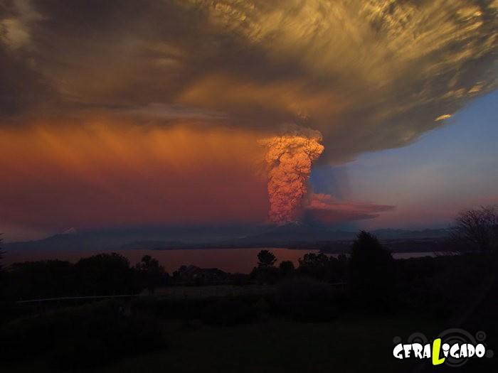 Fotografias incríveis mostram a erupção do vulcão Calbuco8]
