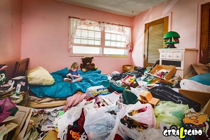 Veja como vivem crianças que têm pais acumuladores4