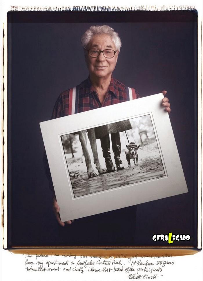 Fotógrafos famosos posando com suas imagens icônicas10