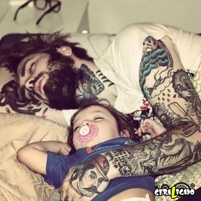 Imagens de lindos bebês com seus pais tatuados13