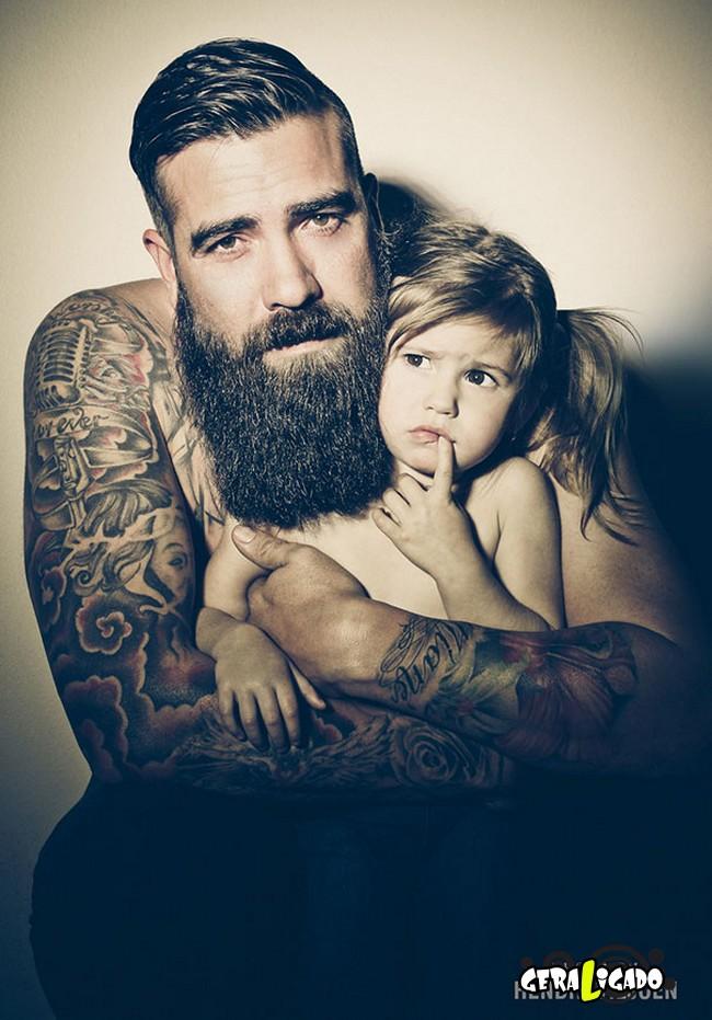 Imagens de lindos bebês com seus pais tatuados8