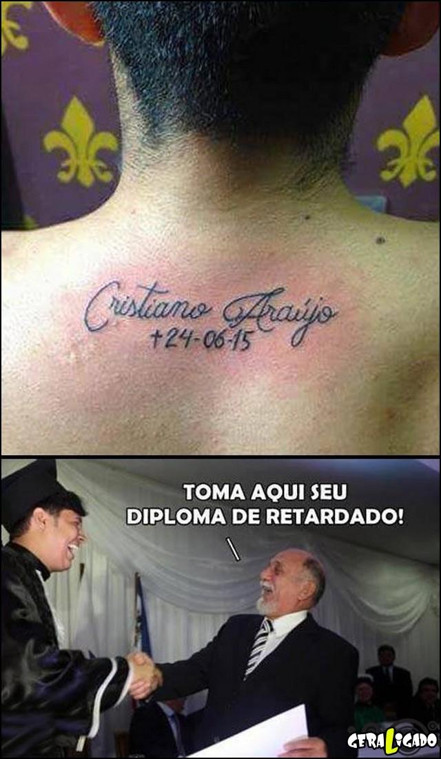 2 Homem faz tatuagem em homenagem ao Cristiano Araujo