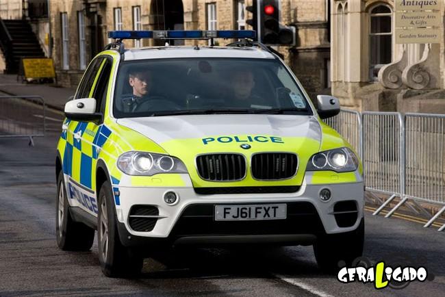 Os carros de polícia, mais caros, luxuosos e velozes do mundo6