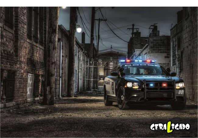 Os carros de polícia, mais caros, luxuosos e velozes do mundo8