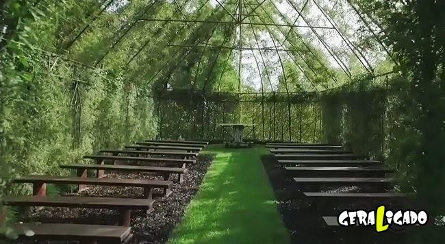 Uma igreja feira de arvore4