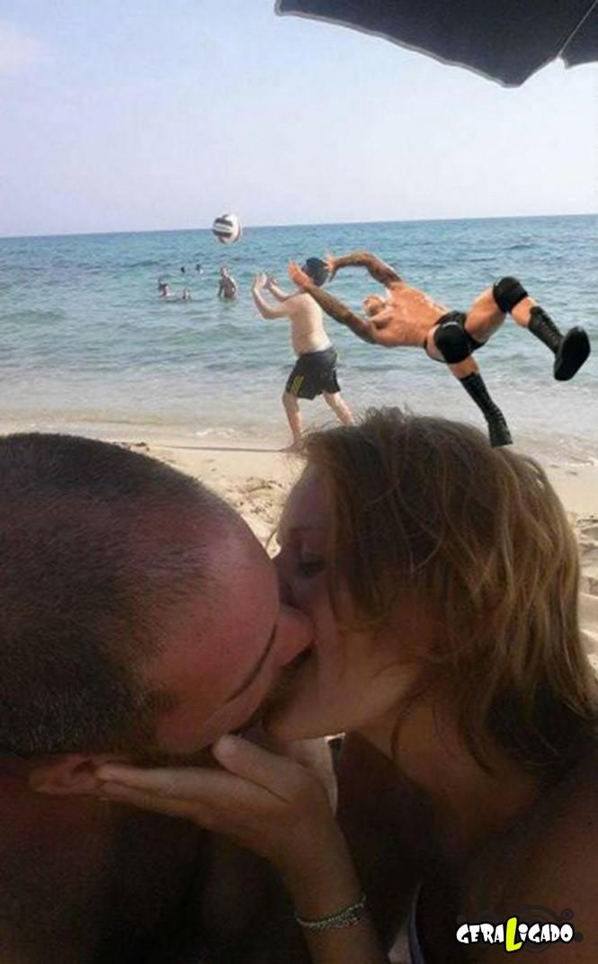 Casal pede uma ajuda no photoshop e são trollados mundialmente9