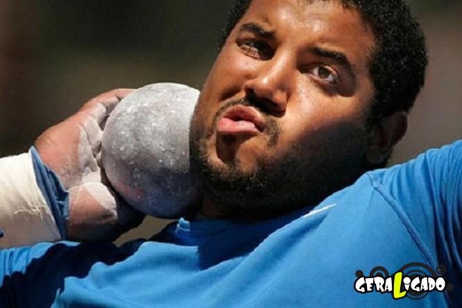 30 Imagens de atletas em angulos bem estranhos1