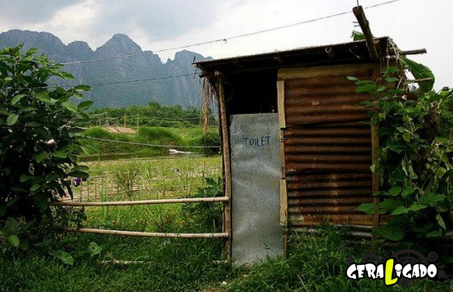 Banheiro publicos demonstra como é cada nação.11