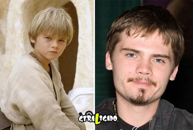 Confira, abaixo, o antes e o depois do elenco de Star Wars17