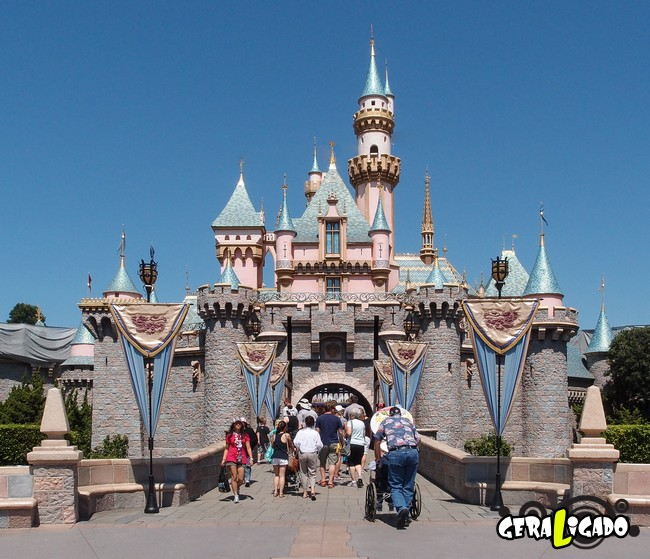 10 segredos que a Disney jamais vai querer que você descubra4