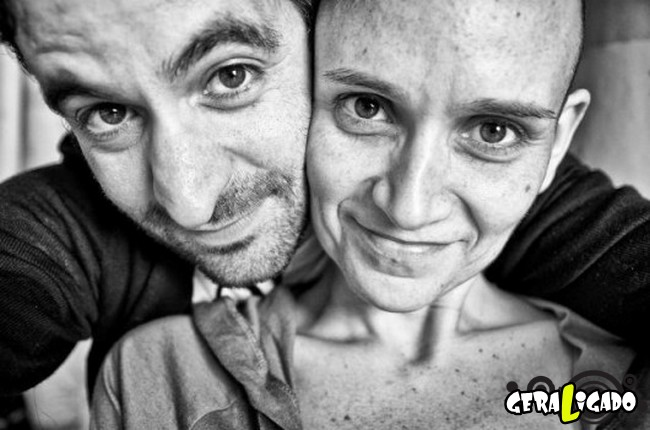 Marido fotografa a evolução do câncer em sua mulher até a morte15
