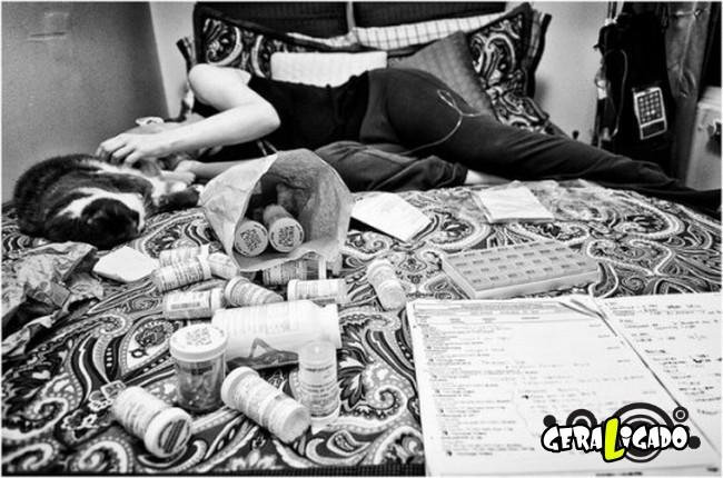 Marido fotografa a evolução do câncer em sua mulher até a morte21