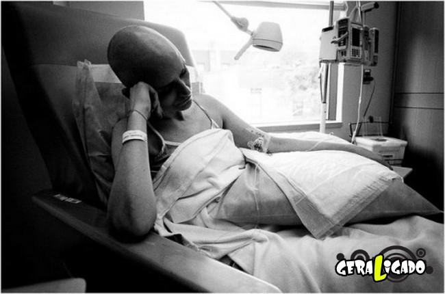 Marido fotografa a evolução do câncer em sua mulher até a morte25