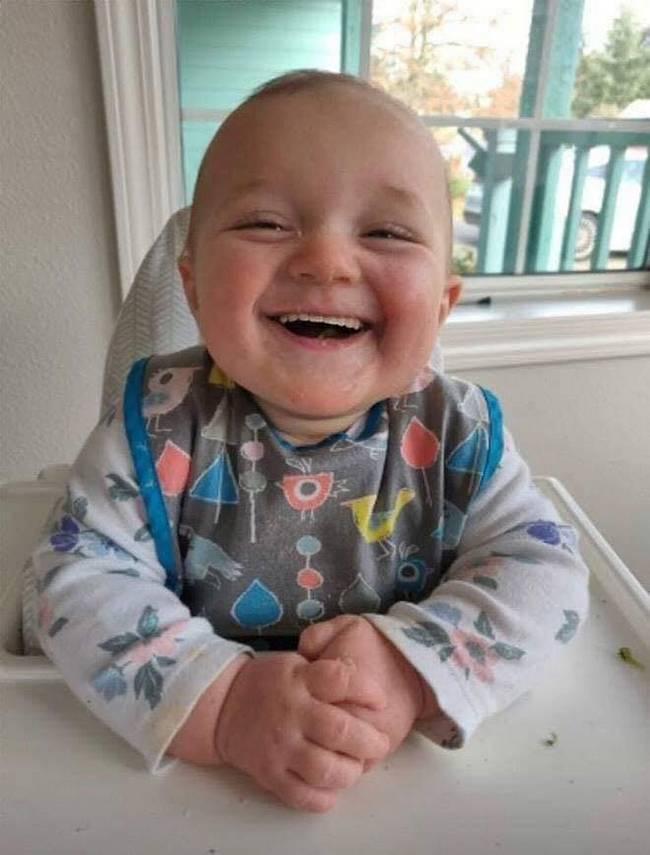 Se bebes nascessem com dentes2