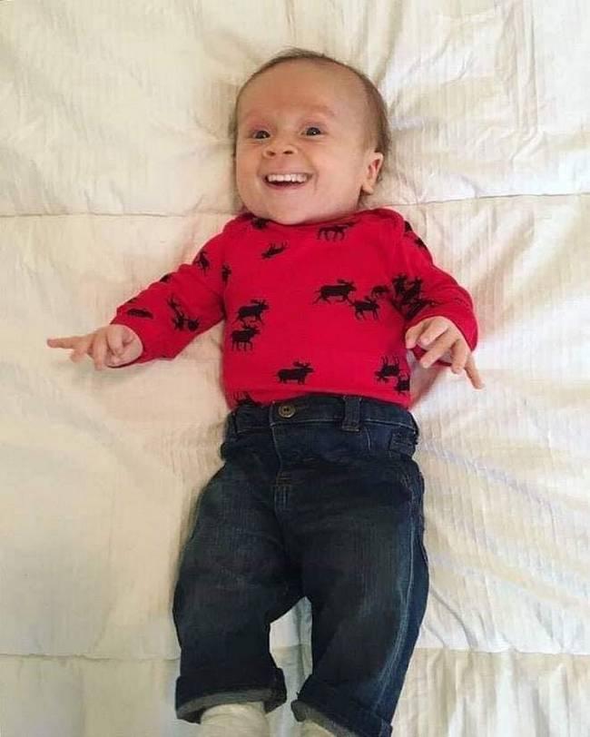 Se bebes nascessem com dentes7
