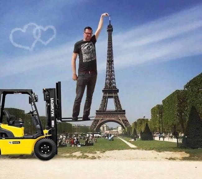 Gostaria que meu dedo tocasse na ponta da Torre Eiffel13