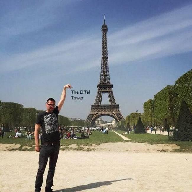 Gostaria que meu dedo tocasse na ponta da Torre Eiffel6