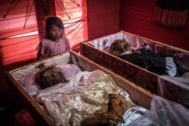 O lugar onde os mortos convivem com os vivos 7
