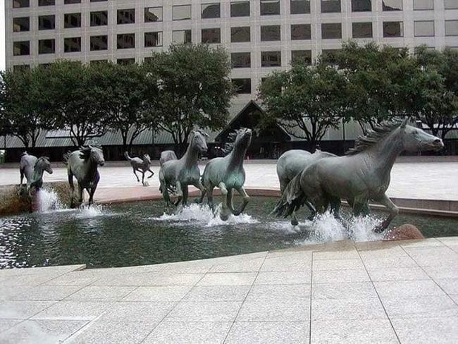 As estátuas mais criativas que você verá na sua vida.11