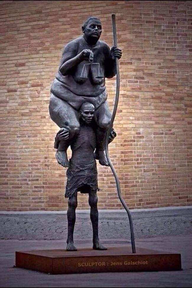 As estátuas mais criativas que você verá na sua vida.19