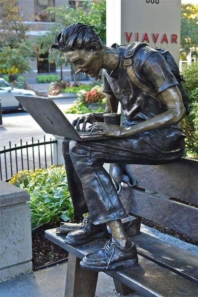 As estátuas mais criativas que você verá na sua vida.21