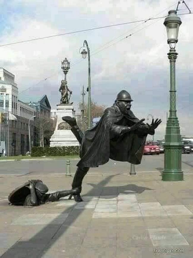 As estátuas mais criativas que você verá na sua vida.22