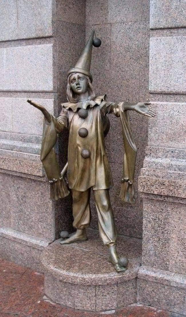 As estátuas mais criativas que você verá na sua vida.3