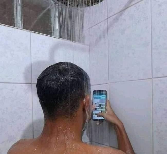Me valoriza que te respondo até no banho