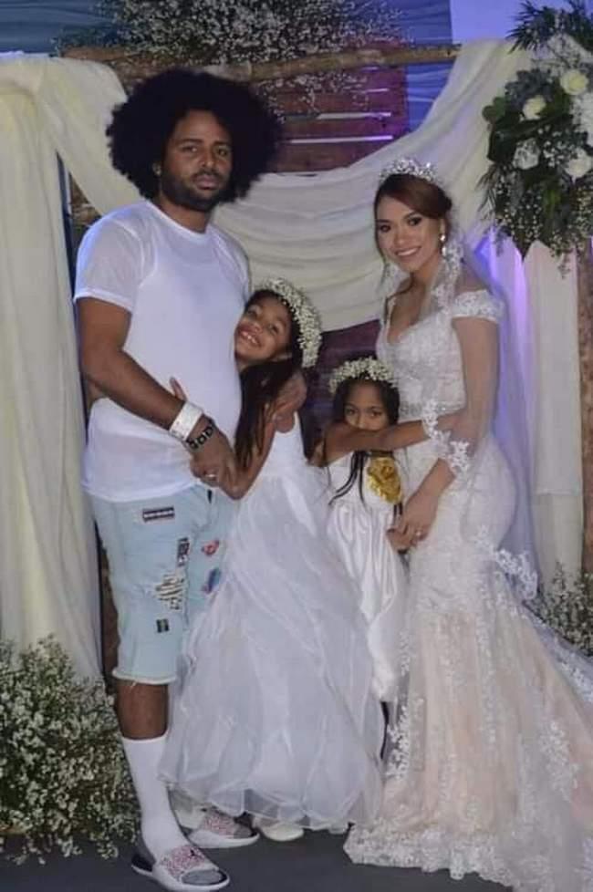 Quando o cara é convidado pra um casamento, mas não sabe que é o dele1