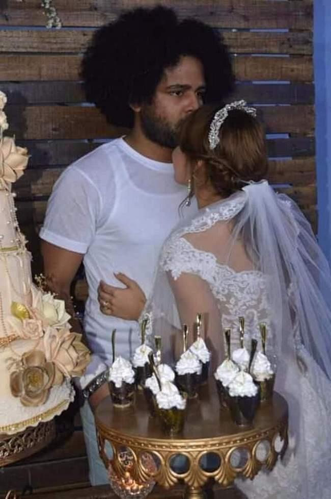Quando o cara é convidado pra um casamento, mas não sabe que é o dele2